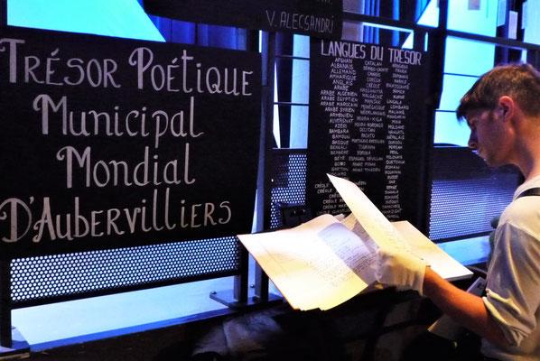 Consultation du Grand Livre du Trésor poétique