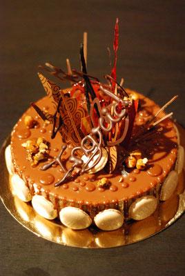 Entremets Chocolat, noisettes et vanille