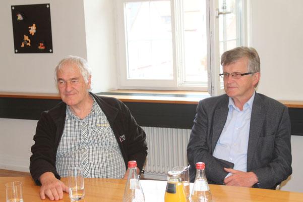 Johannes Angele, Mitglied und Übersetzer mit Bürgermeister Leonhard Heine, Steinhausen