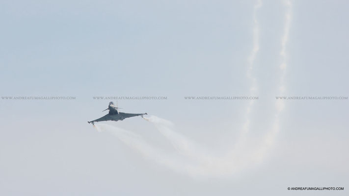 EUROFIGHTER TYPHOON AERONAUTICA MILITARE JESOLO AIR SHOW 2011