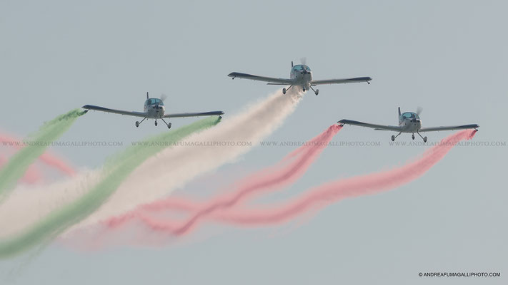 WE FLY TEAM E BLUE VOLTIGE JESOLO AIR SHOW 2016