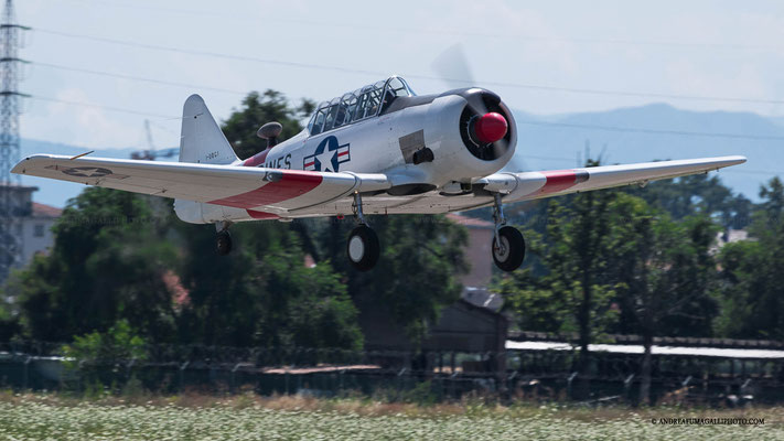 NORTH AMERICA T 6 A TEXAN PARMA AIR SHOW 2015