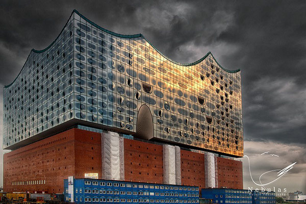 Elbphilharmonie Hamburg - Foto: Michael Milfeit