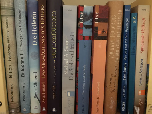 """Einige Buchempfehlungen - oben links bei  """"Bücher""""  klicken, um sie sehen zu können"""