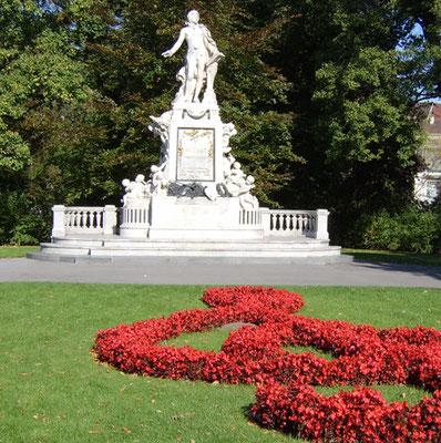 MARS Triloca_Wien Burggarten-Denkmal Mozart