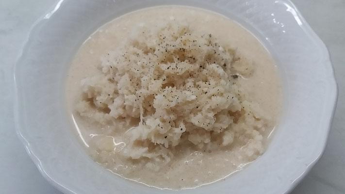 Rezept für österreichischen Rettichsalat mit Obers - Beilage zum Schweinebraten mit Knödel