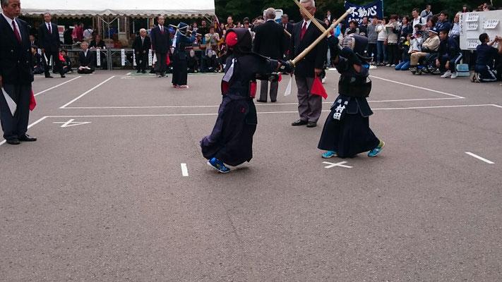 境内にて小学生の剣道の試合