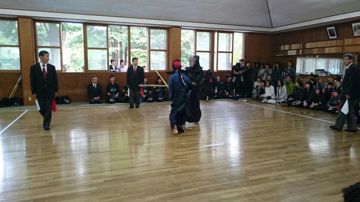 中学生の剣道の試合