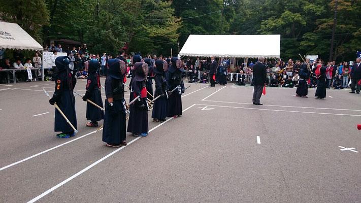 小学生の剣道の試合