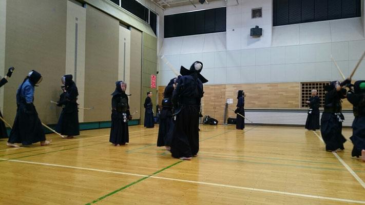 中学生剣士たち