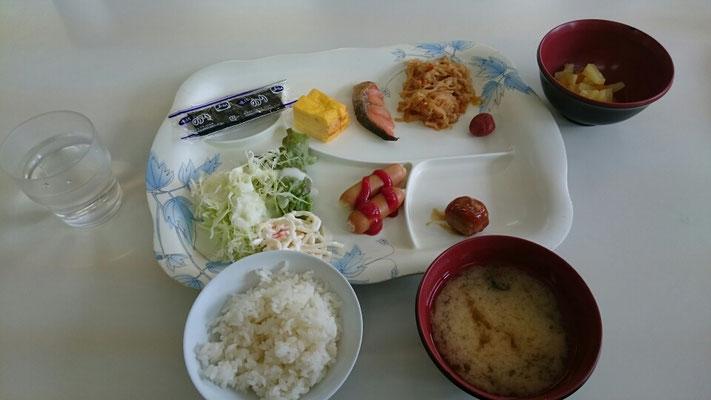 合宿の朝食