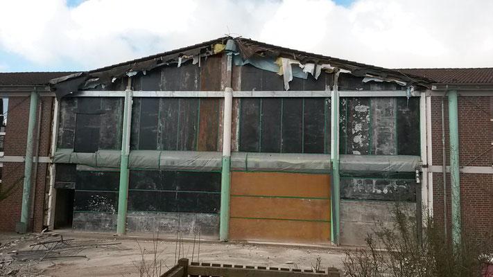 Der Rundbau der Mensa ist abgerissen worden. (25.02.2016)
