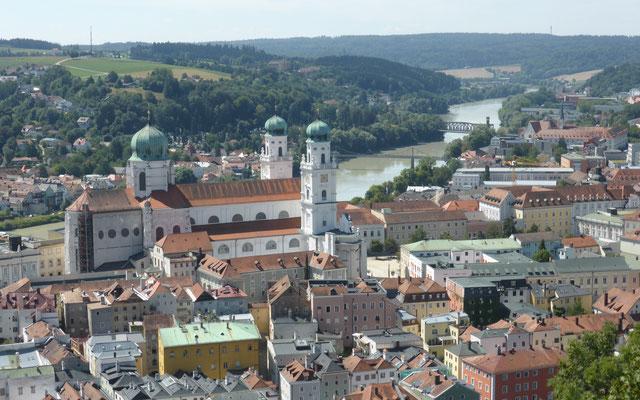Blick auf den Dom und die Altstadt von der Veste Oberhaus