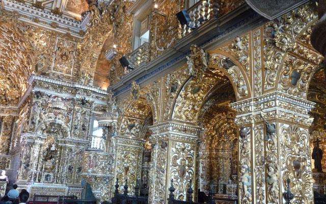 Im Innenraum von San Francisco wurden mehr als 800 Kilogramm Gold verarbeitet. Respekt.