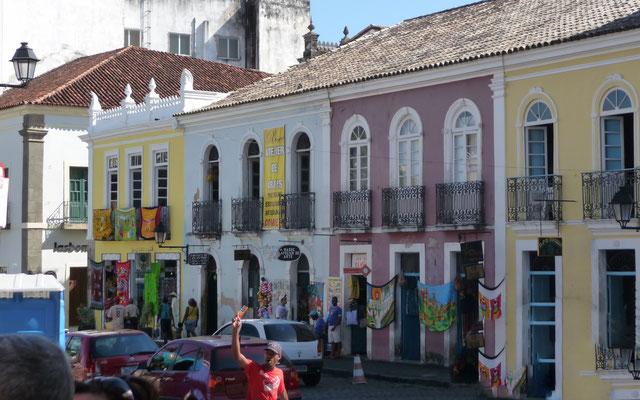 Die bunte Altstadt gehört zum UNESCO-Weltkulturerbe.