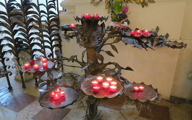 Platz für ein Kerzenopfer