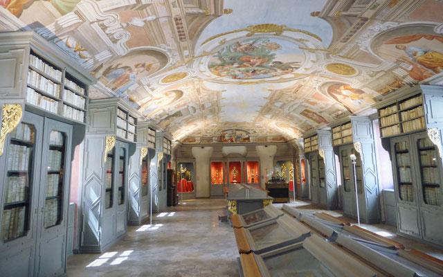 Das Domschatzmuseum hat wunderschöne Räumlichkeiten
