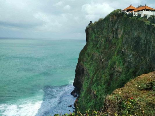 Tempio di Uluwatu a Bali