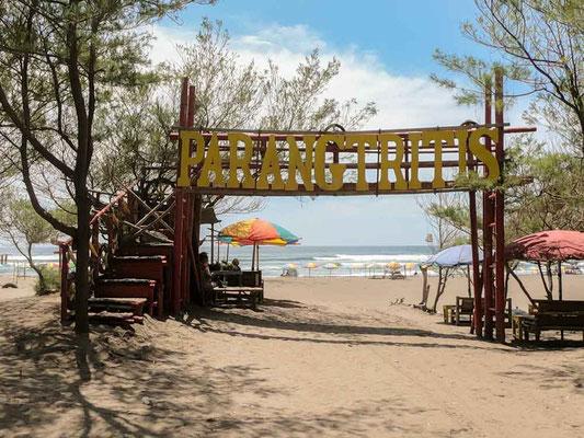 Pantai Parangtritis, bella spiaggia a sud di Yogyakarta (Photo by Gabriele Ferrando - LA MIA ASIA)