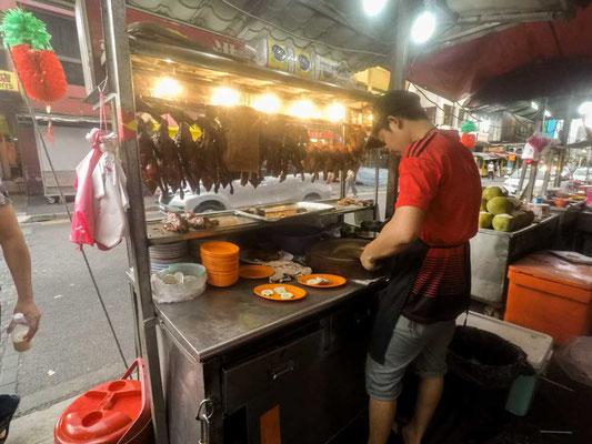 Bancarelle di cibo a Jalan Sultan, Chinatown di Kuala Lumpur (Photo by Gabriele Ferrando - LA MIA ASIA)