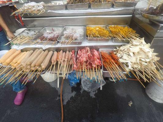 Bancarelle di cibo a Jalan Alor, Kuala Lumpur (Photo by Gabriele Ferrando - LA MIA ASIA)