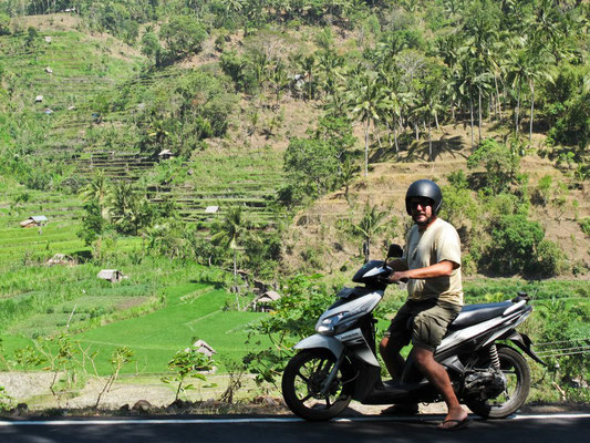 In scooter a BALI