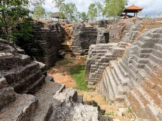 "Le ""Rovine Maya"" di Watu Giring, Yogyakarta (Photo by Gabriele Ferrando - LA MIA ASIA)"