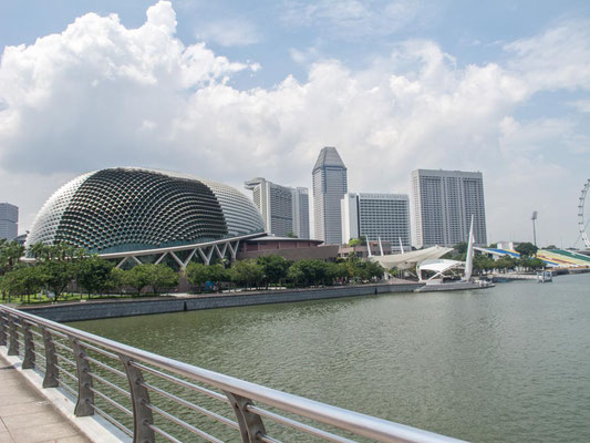 Esplanade a Marina Bay, Singapore (Photo by Gabriele Ferrando - LA MIA ASIA)
