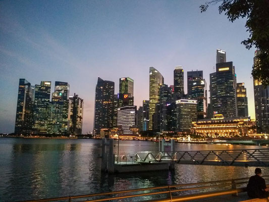 Marina Bay by night (Photo by Gabriele Ferrando - LA MIA ASIA)