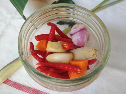Ricetta Rendang. Preparare la salsa piccante
