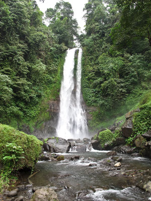 Gitgit Waterfall (Photo by: Gabriele Ferrando)