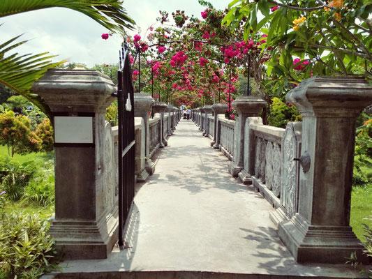 L'ingresso al Taman Ujung di Bali