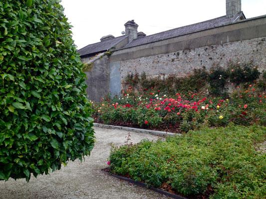 Eingang zum Rosengarten