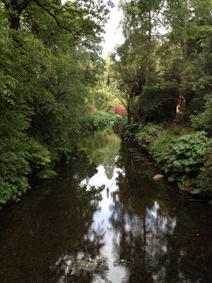 Wunderbar gestaltete Flusslandschaft