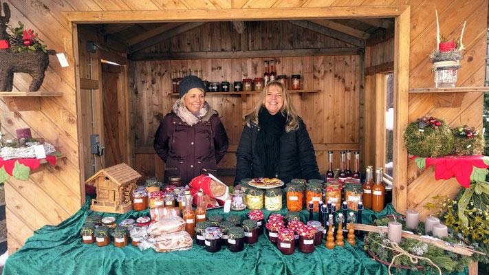 Maria Mitgutsch & Eva Breitwieser - zwei treue Helferinnen