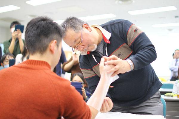 勉強会風景 橈骨遠位端骨折に対するリハビリテーション5