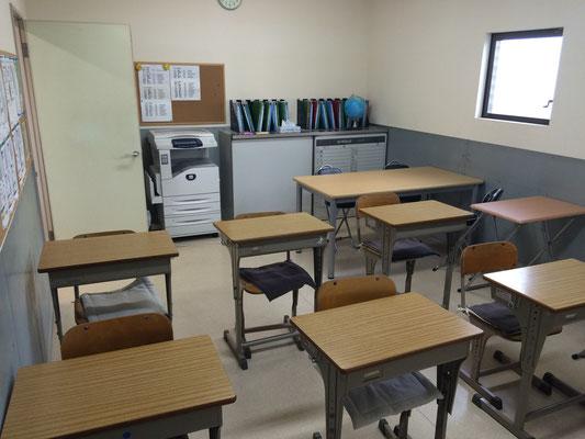 奥の教室、違う角度から。