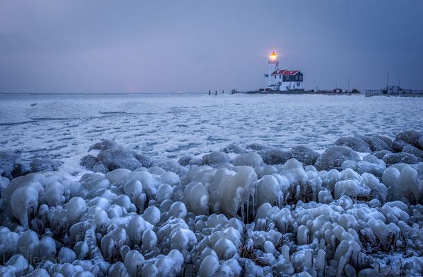 Het Paar van Marken op een ijskoude ochtend (februari 2018) Marken, Noord-Holland