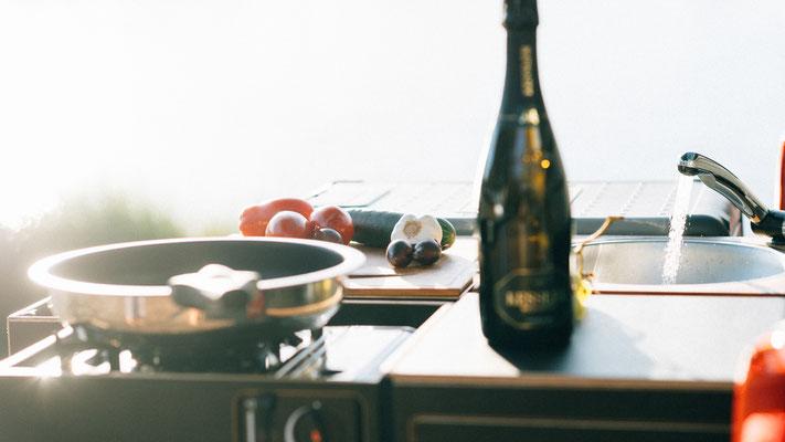 Kochen mit dem Gaskartuschenkocher Bright Spark BS100S