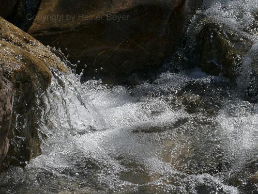 Bergbach im Namlostal / Wasser 6
