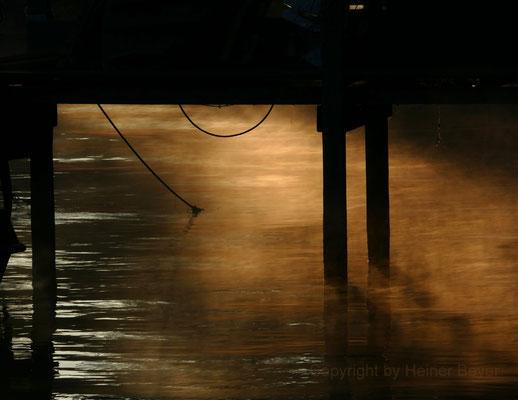 Erstes Sonnenlicht unterm Steg, Ammersee / Lichtspiele 19
