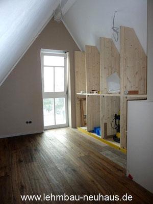 Dielenboden, Wandschrank, Innenausbau
