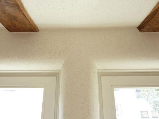 runde Fensterlaibung mit Lehmputz