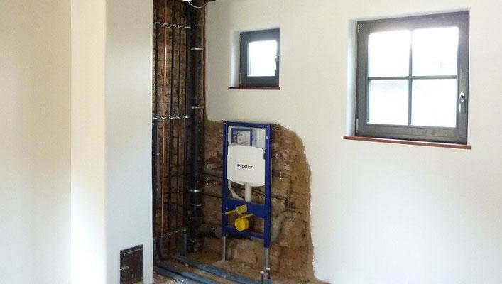 Lehmputz im Bad - Badezimmer und Gäste WC mit Lehm und Lehmfarbe