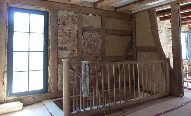 Fachwerk im Treppenhaus - Sanierung Fachwerkhaus