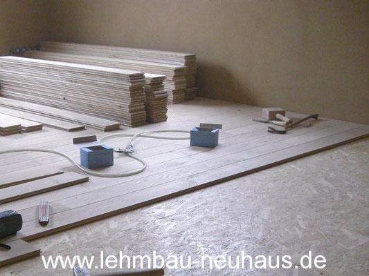 Boden, Eiche - Massivholzdielen, Lehmputz