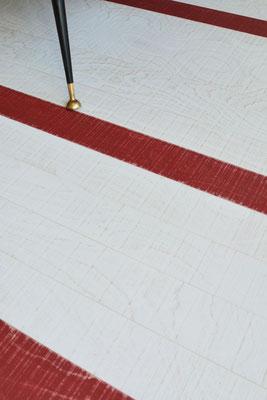 Vintageboden Rockin' White mit Einzelstäben in Rockin' Red