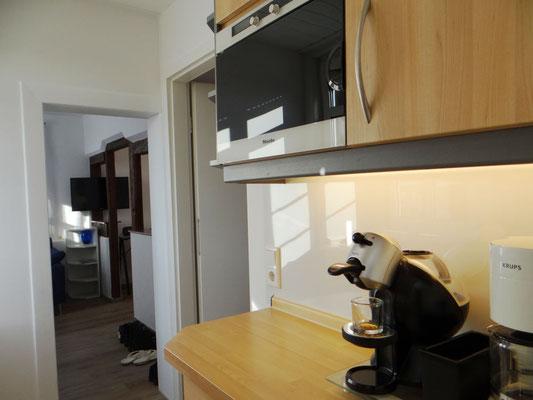 komplett eingerichtete Küche für Wohnen auf Zeit