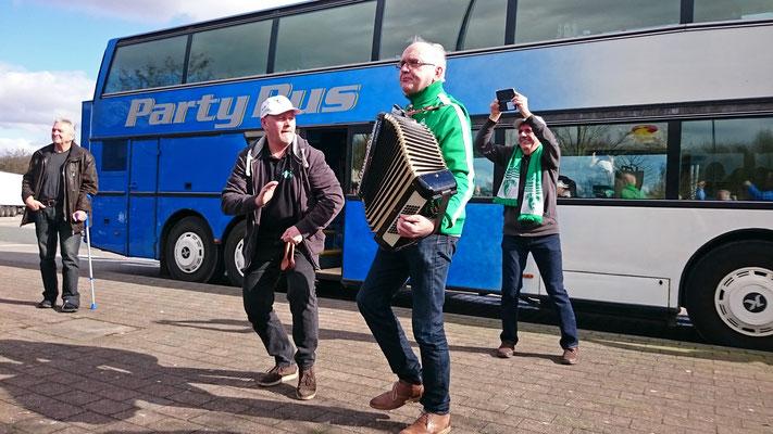 Mit dem Partybus nach Leverkusen / 10. März 2017 / Bild 2