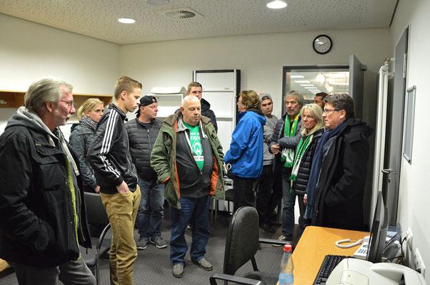 Stadionführung mit Dr. Hubert Hess-Grunewald 12.10.2016 / Bild 6